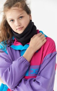 Patagonia Micro D Fleece Neck Gaiter Scarf - Black at Urban Outfitters