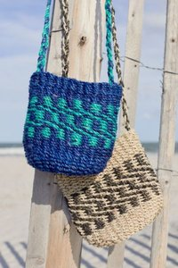 Burlap Bucket Bag - Green at Urban Outfitters