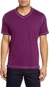 Maxfield Tailored Fit V-Neck T-Shirt