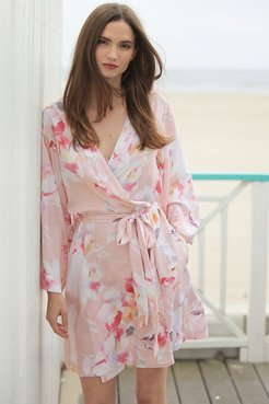DREAM LOVER FLORAL ROBE Love Is In The Air Cameo