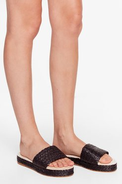 Straw the Line Woven Platform Sandals - Black