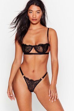 Lace Bralette And Thong Set in Cup Design - Black