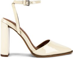 Layton Heel in Ivory. - size 38 (also in 39)