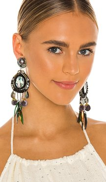 Feather Earrings in Green.