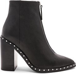 Axel Boot in Black. - size 37 (also in 38)