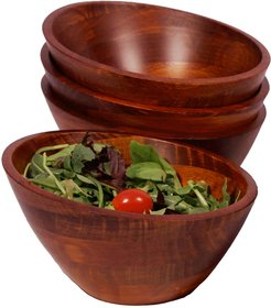 Woodard & Charles Set of Four 7in Salad Bowls