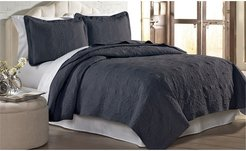 Modern Threads Solid embroidered Quilt Set