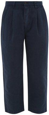 Pleated Linen-blend Cropped Trousers - Mens - Navy
