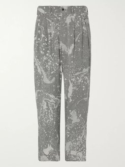 Wide-Leg Pleated Printed Twill Trousers - Men - Gray