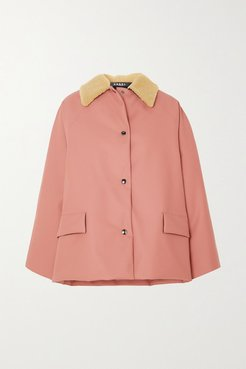 Shearling-trimmed Padded Rubber Coat - Pink