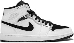Air Jordan 1 Mid Alternate Think 16 - White