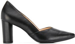 Trusty pointed court pumps - Black