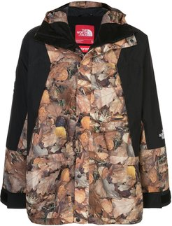 x The North Face Mountain Light jacket - Black