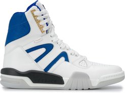 high-top sneakers - White
