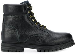 lace-up outdoor boots - Black