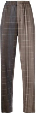 check-pattern tapered trousers - Grey