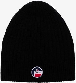 black Softy III merino wool beanie hat