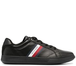 Essential low-top sneakers - Black