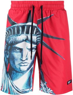 NYC graphic print shorts - Red