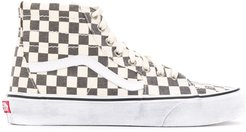 high top checkerboard print sneakers - Neutrals