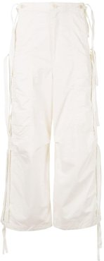 wide-leg cargo trousers - White