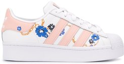 floral-print Superstars sneakers - White