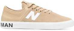 side contrasting logo sneakers - Neutrals