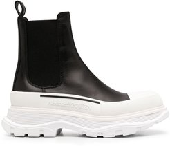chunky-sole Chelsea boots - Black
