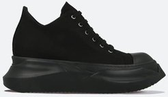 Abstract Low Sneaks