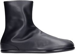 Tabi Ankle Boots In Black Leather