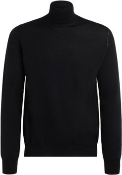 Turtleneck Sweater Made Of Black Wool With Beige Contrast Profile