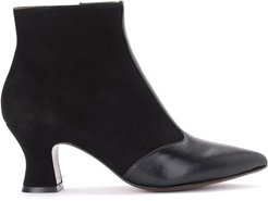 Vuka Ankle Boot In Black Suede And Leather