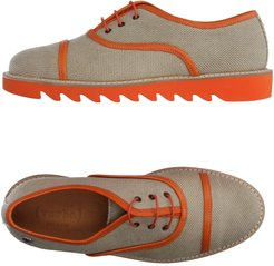 ( VERBA ) Lace-up shoes