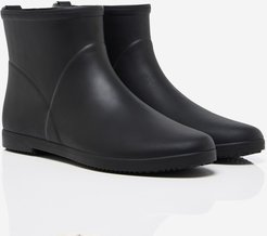 Alice + Whittles™ Minimalist Ankle Rain Boot in Black and White