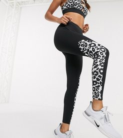 4505 Petite exclusive high waisted legging with panelled animal-Multi