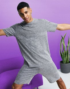 4505 relaxed training t-shirt with soft touch seamless knit-Grey