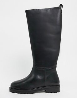 Cassandra leather pull on knee boots in black