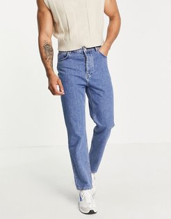 dad jeans in mid wash blue