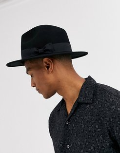 fedora hat in black with size adjuster