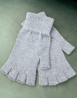 fingerless gloves in charcoal-Grey