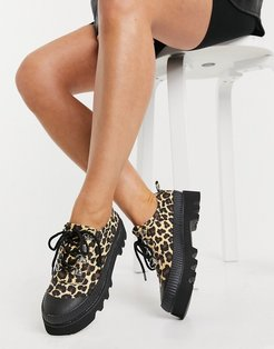 Miri chunky sole flat shoes in leopard canvas-Brown
