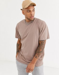 oversized longline t-shirt with crew neck in beige-Neutral