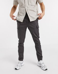 skinny cargo pants in washed black