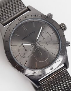 stainless steel mesh watch with sporty detail in gunmetal-Silver