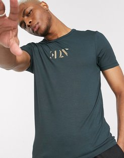 skinny t-shirt with embroidered logo in green