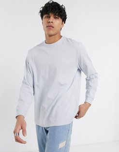 loose fit long sleeve t-shirt in light blue
