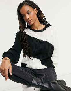 panelled colorblock sweater in black and white-Multi
