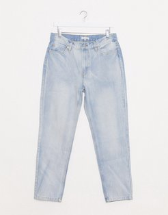 tapered jeans in light wash-Blues