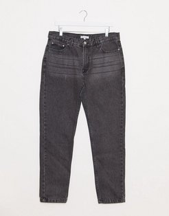 tapered jeans in light washed black