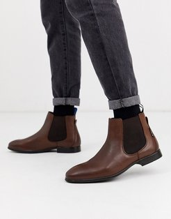 leather chelsea boot in brown